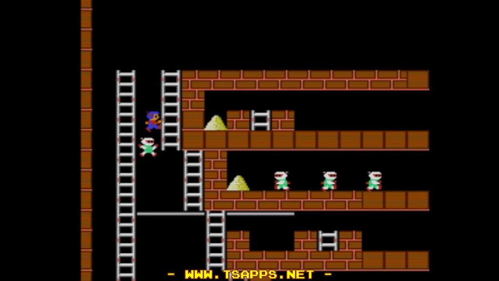 追いつかれるギリギリで右へ飛び降り、つられて落ちたロボットの頭を渡る