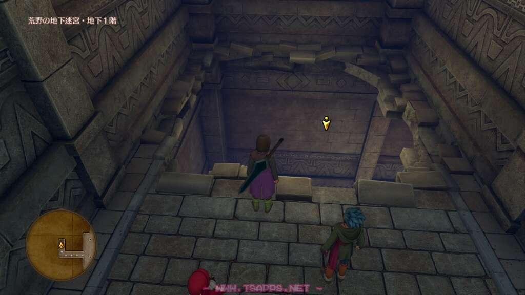 ここの穴から地下2階へ飛び降りる